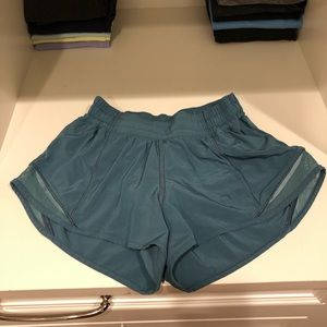 LULULEMON hotty hot short 2.5""